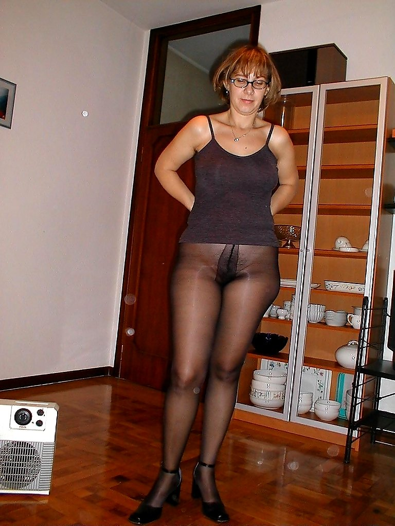 House Pantyhose 14